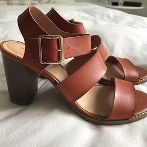 f6c4625e789db Old Navy Shoes | Threestrap Block Heel Sandals | Poshmark